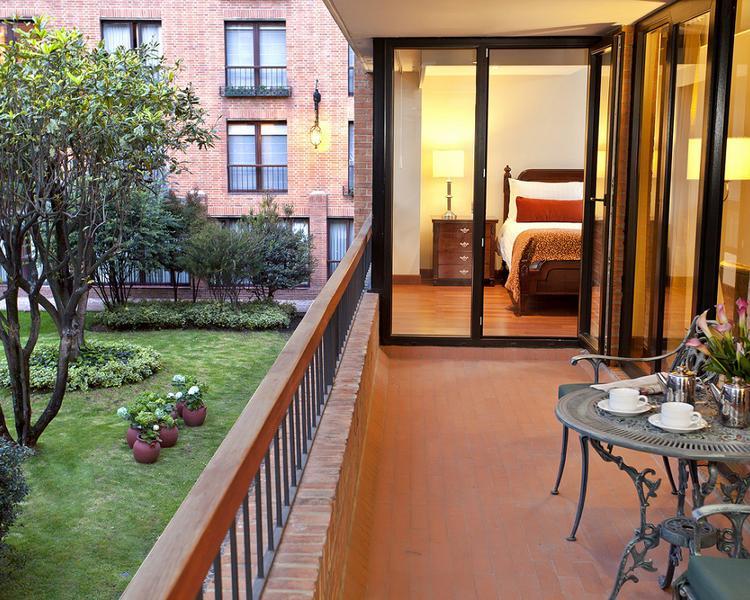 Garden ESTELAR La Fontana Hotel