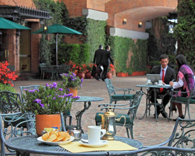 Cafe Colombia ESTELAR La Fontana Hotel